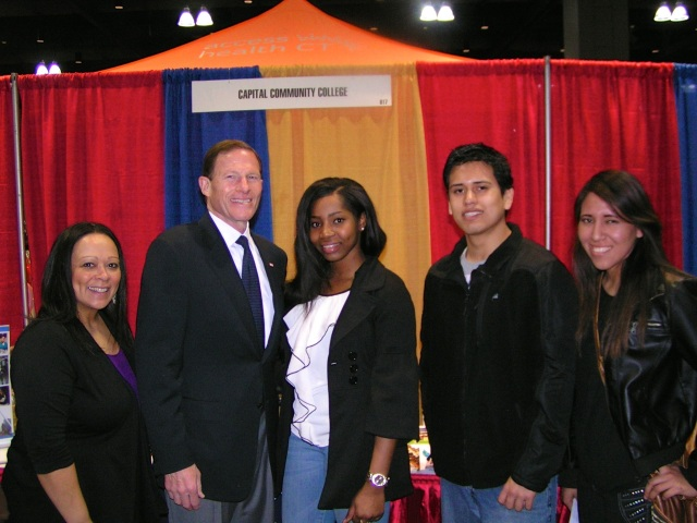 U.S. Senator richard Blumenthal visited the College' Latino Expo booth on March 9th. From left Marisol Malave, Senator Blumenthal. Advancement Intern Kemona Golding, LASA President  Jesus Hermosilla and LASA Executive Assistant Sheyla Rivera.