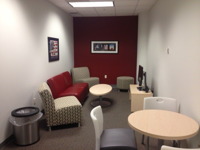 A new lounge area at the Veterans Oasis Center on the 4th floor of the downtown campus.